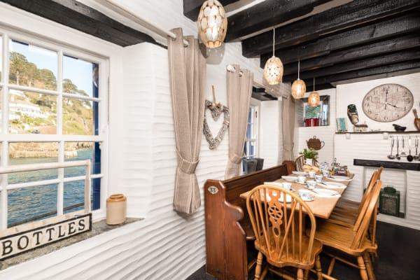 Kitchen:Dining Room 1